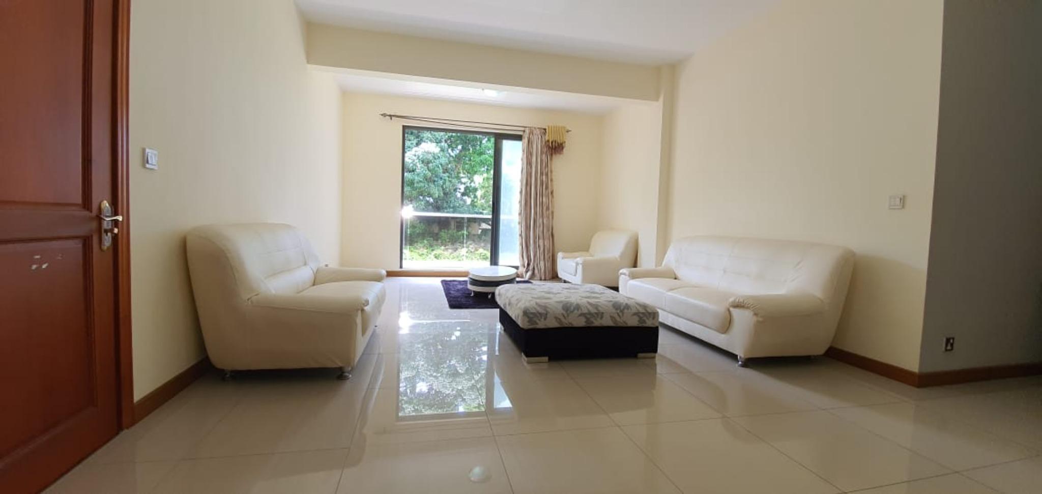 A vendre – Bel appartement semi-meublé de 132m² est situé au 1er étage (avec ascenseur) à Beau-Bassin.