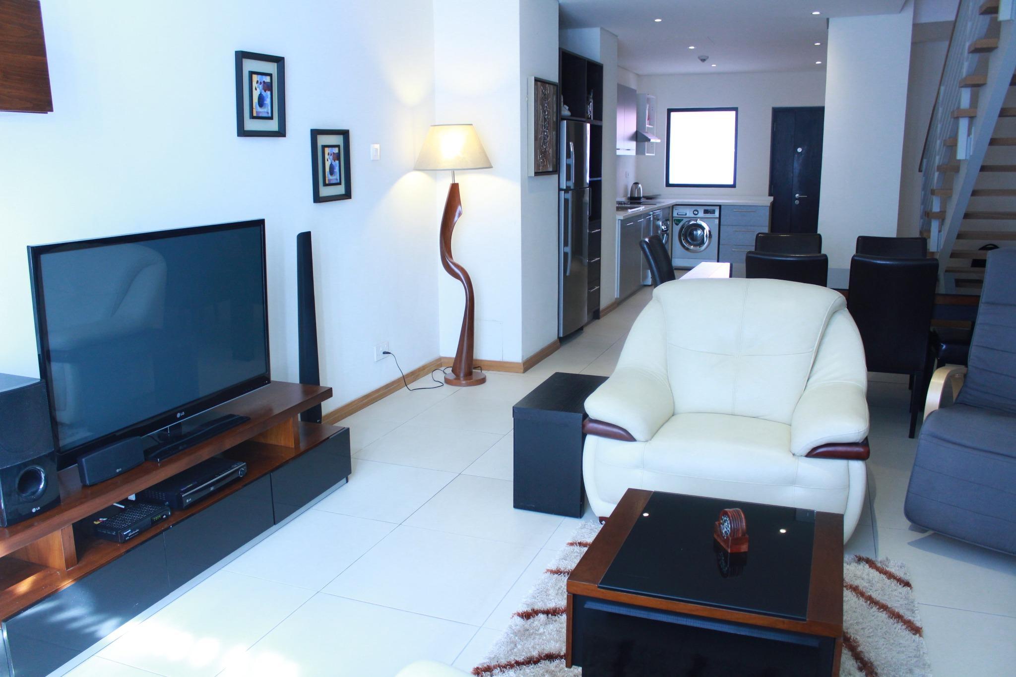 A louer – Bel appartement de 131 m2 meublé et équipé à Grand-Baie, situé dans le complexe résidentiel et commercial de la Croisette.