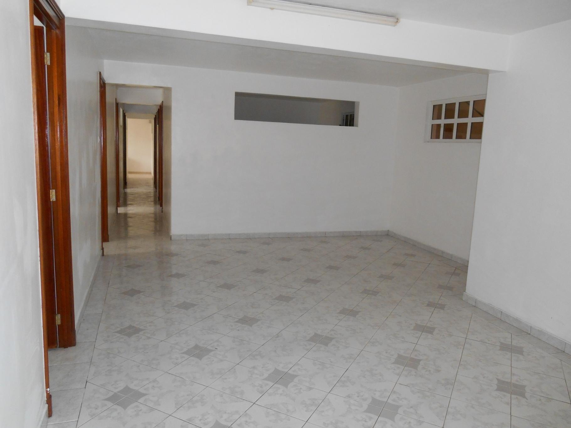 To rent – First floor of a nice house of 150 m2 in New Grove