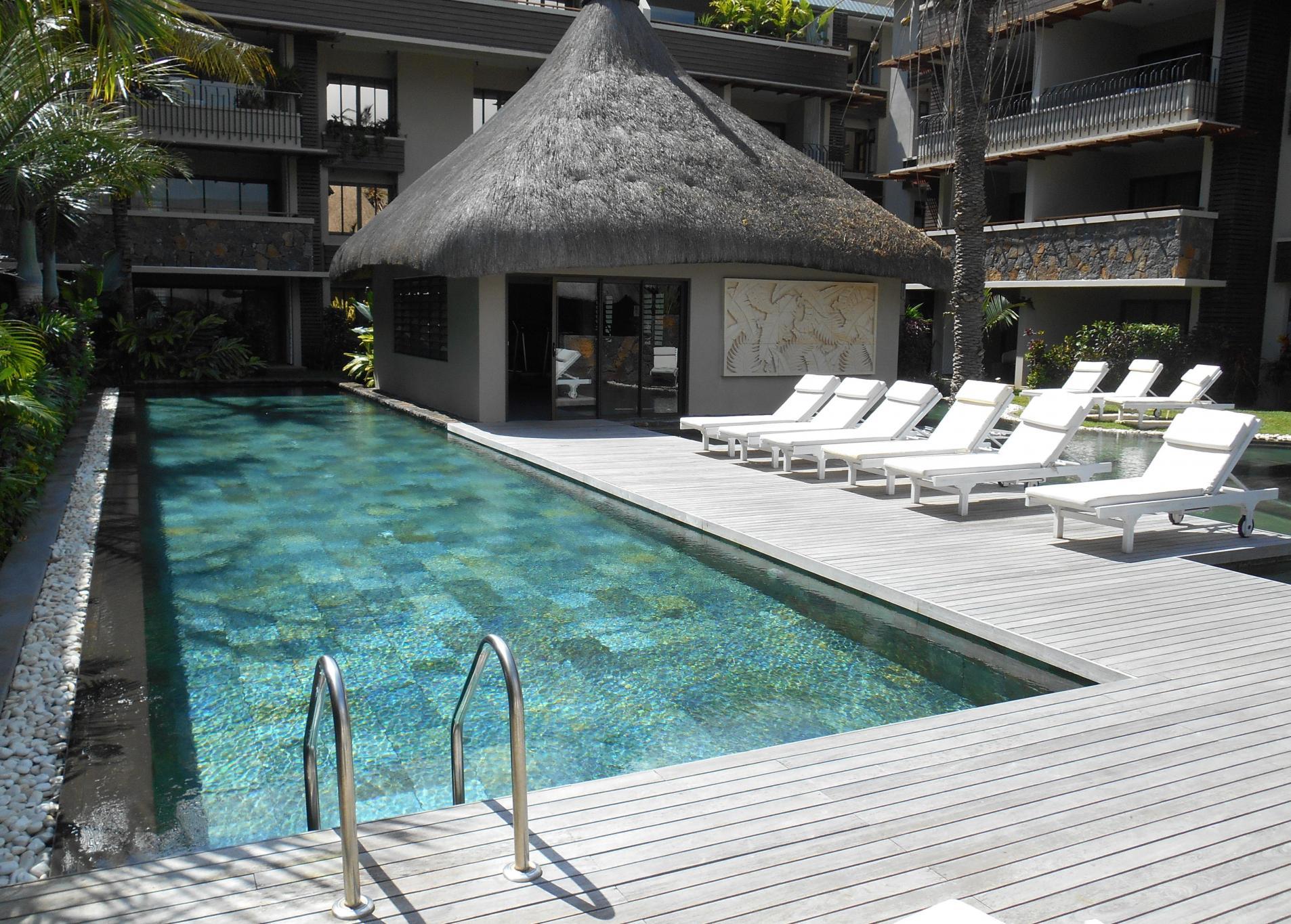 FOR SALE – Magnificent apartment of Trou aux Biches.