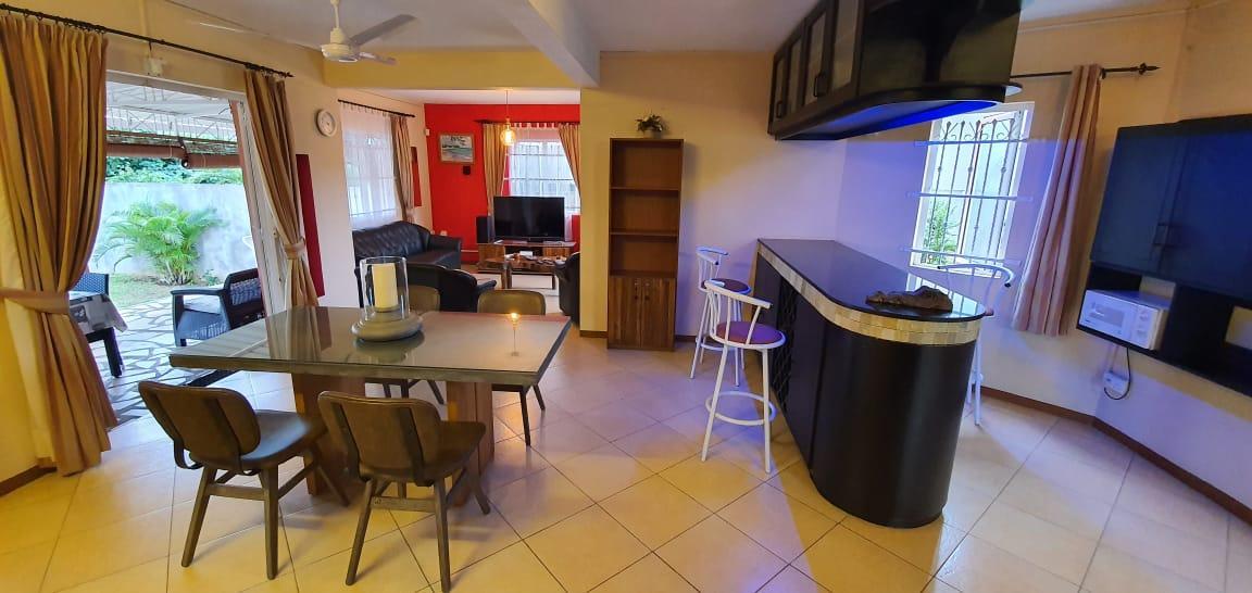 A VENDRE – Belle maison non meublée de 204 m² à à Morcellement Terre D'Albion.