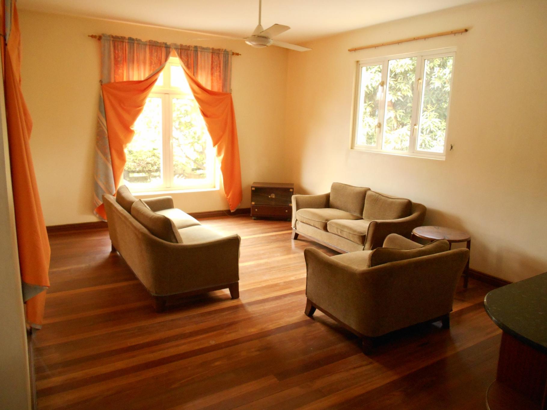 A VENDRE – Belle maison de 400 m2 à Albion.