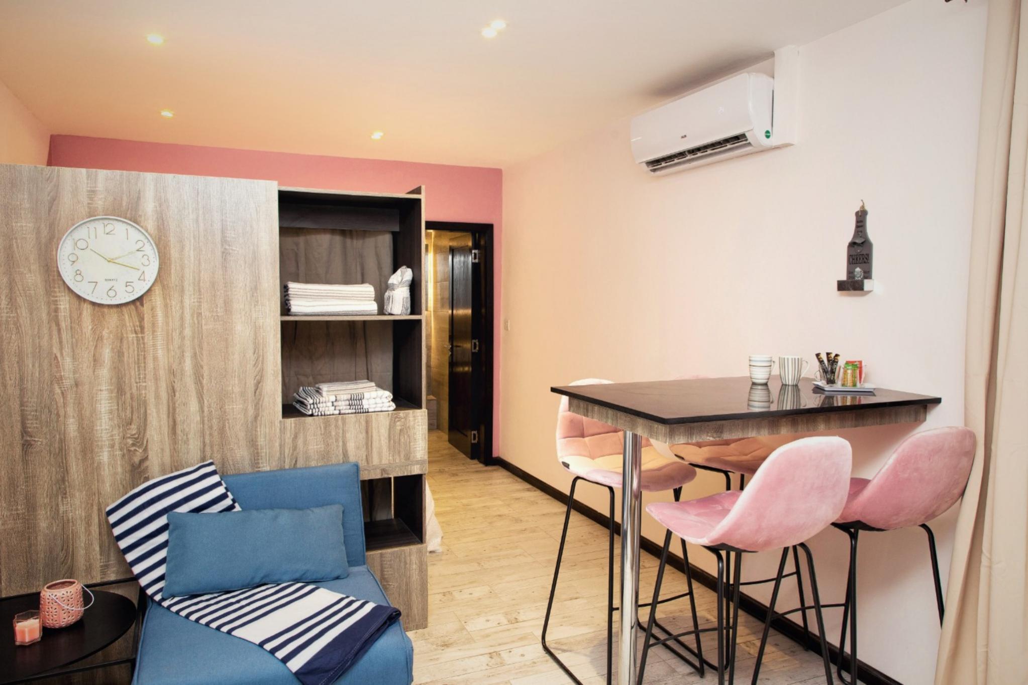 A vendre – Complexe résidentiel de 4 studios meublés et équipés de 129 m2 au total (32.25 m2 par studio) se situe sur un terrain de 54 toises à Grand Baie