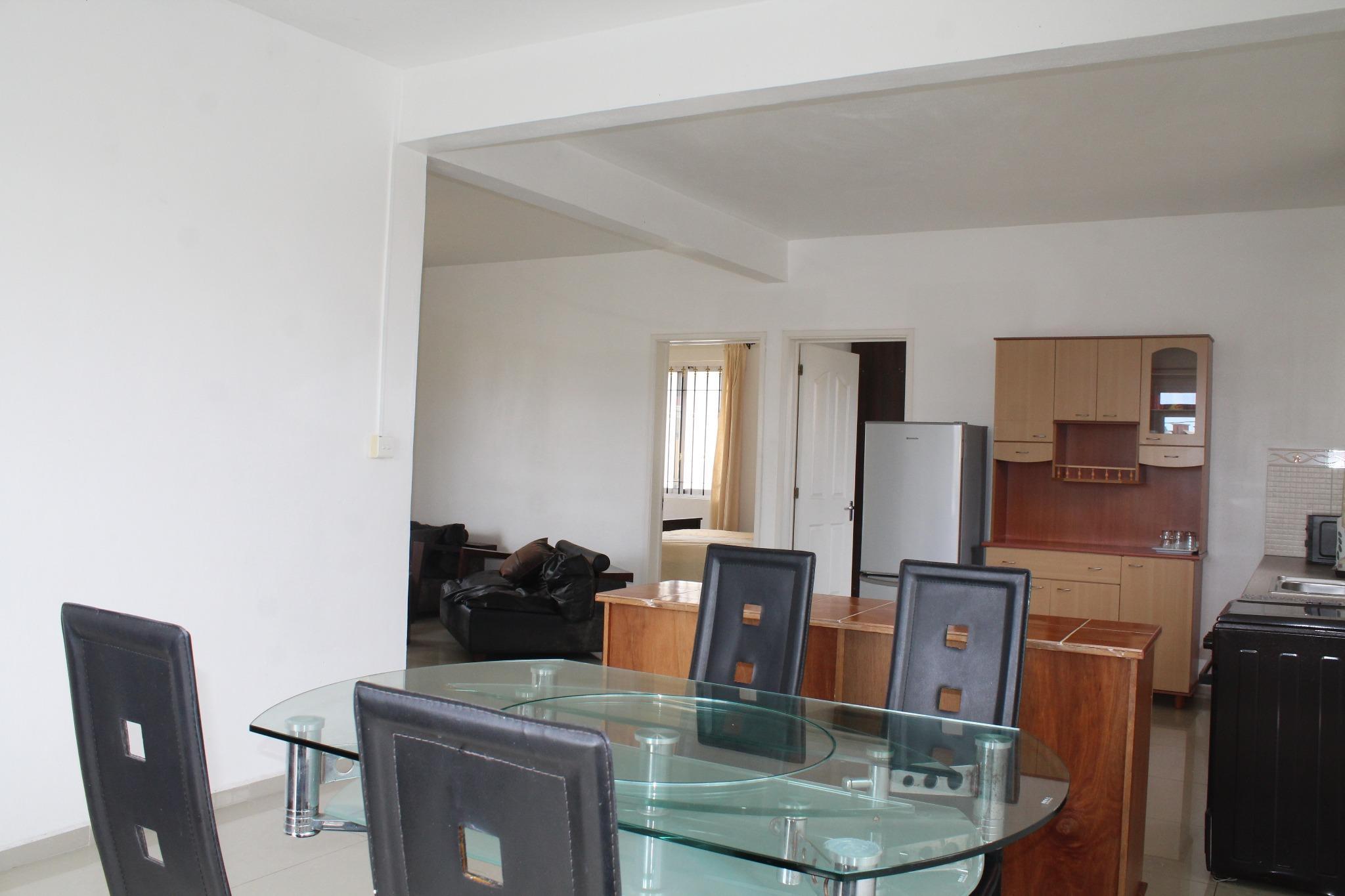A louer – Appartement (étage d'une maison) meublé et équipé de 95 m2 à Péreybère.