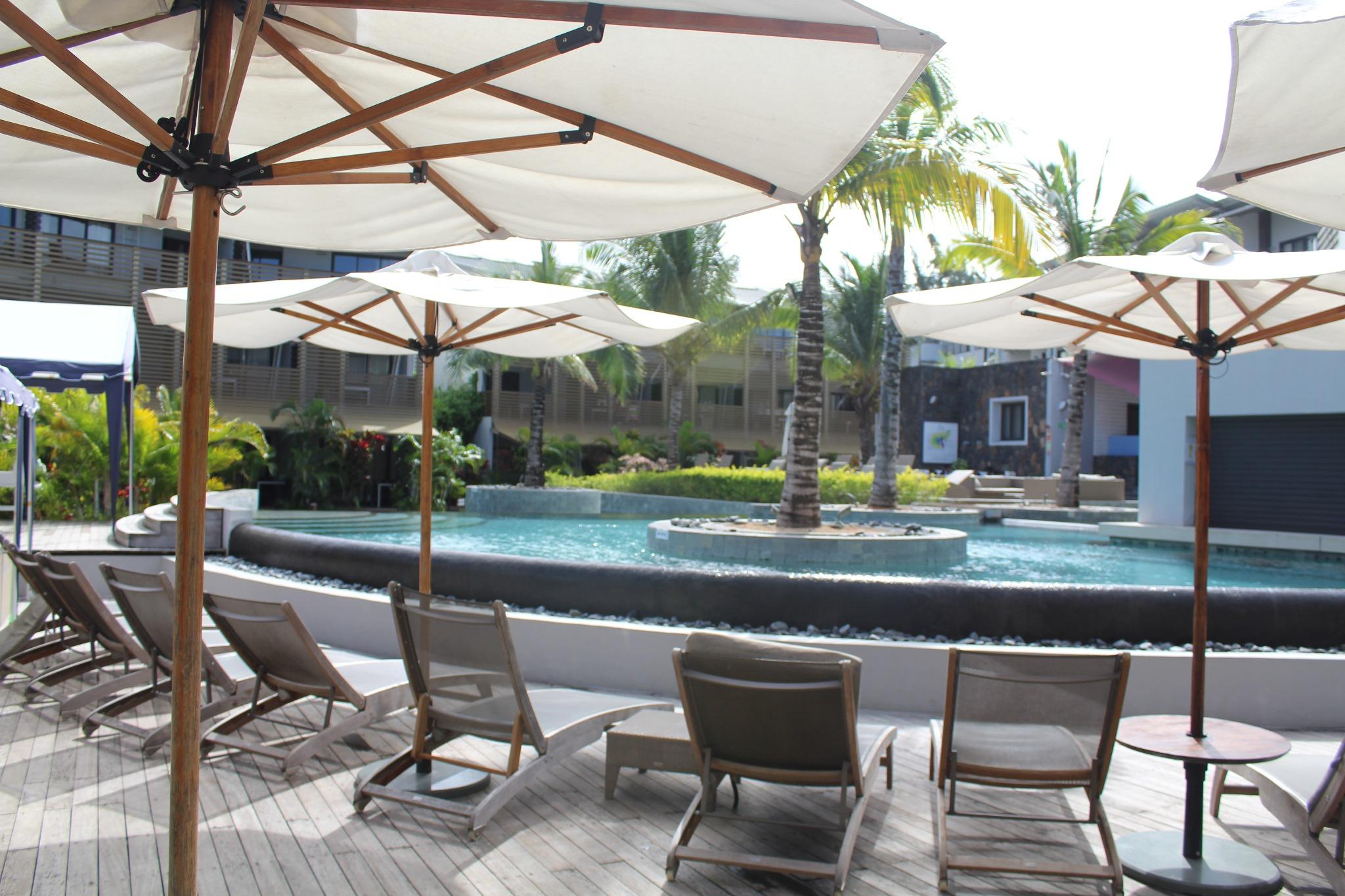 FOR SALE – Very beautiful furnished and equipped apartment of 103 m2 located in Be Cosy Hotel in Trou aux Biches