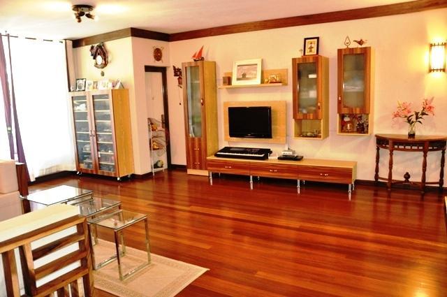 For sale – Beautiful apartment of 143 m2 in Quatre Bornes.